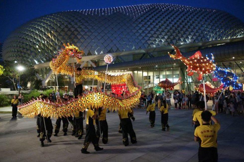 Фестиваль Середины Осени в бухте Марина Бей, Сингапур