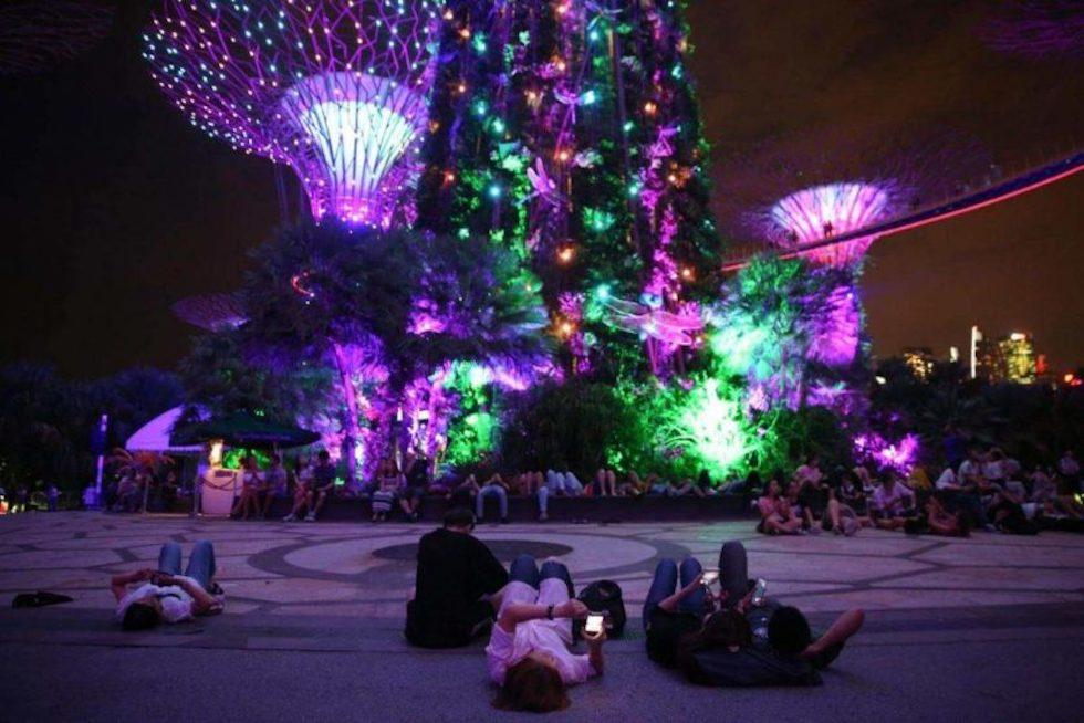 Фестиваль Середины Осени в Садах Gardens by the Bay Сингапур