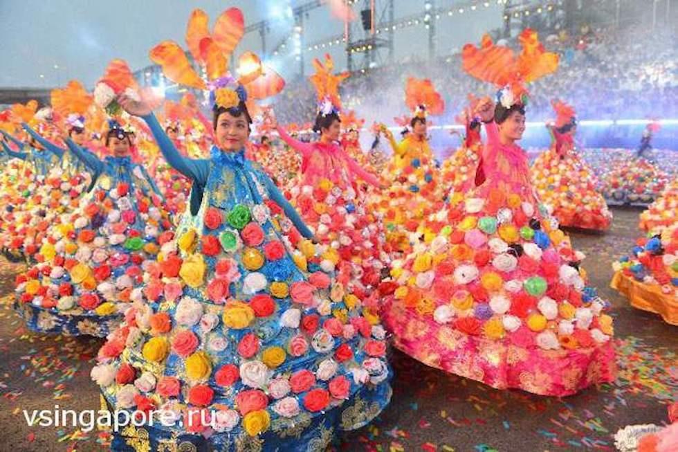 Новогодний парад в Сингапуре