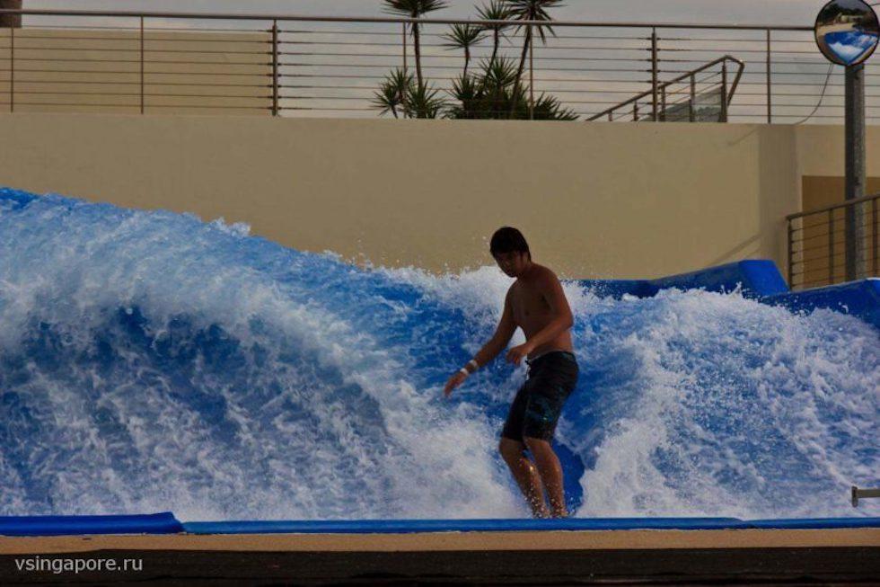 Пляжный клуб Wave House Sentosa