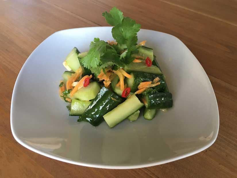 Салат из огурцов по-сингапурски